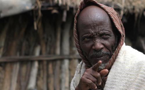 老师不会告诉你,历史上万恶的黑奴贸易,其实黑人在卖黑人